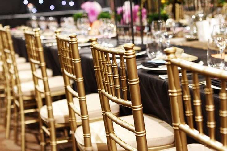 Best 25 black tablecloth wedding ideas on pinterest for Bali wedding decoration hire