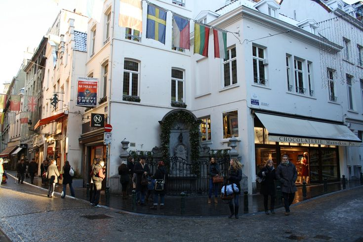 Brussels Folklore Stories: Manneken Pis, the Witch, the Duke and a City on Fire | itinari