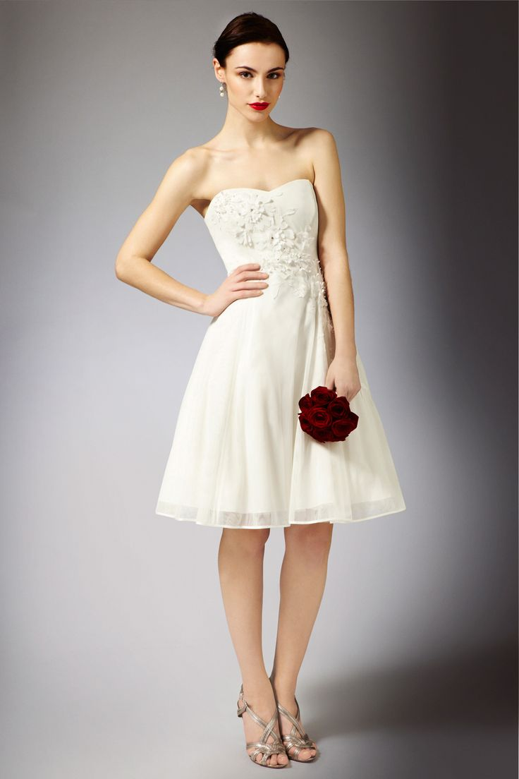 vegas wedding dresses 1000 ideas about vegas wedding dresses on 8254