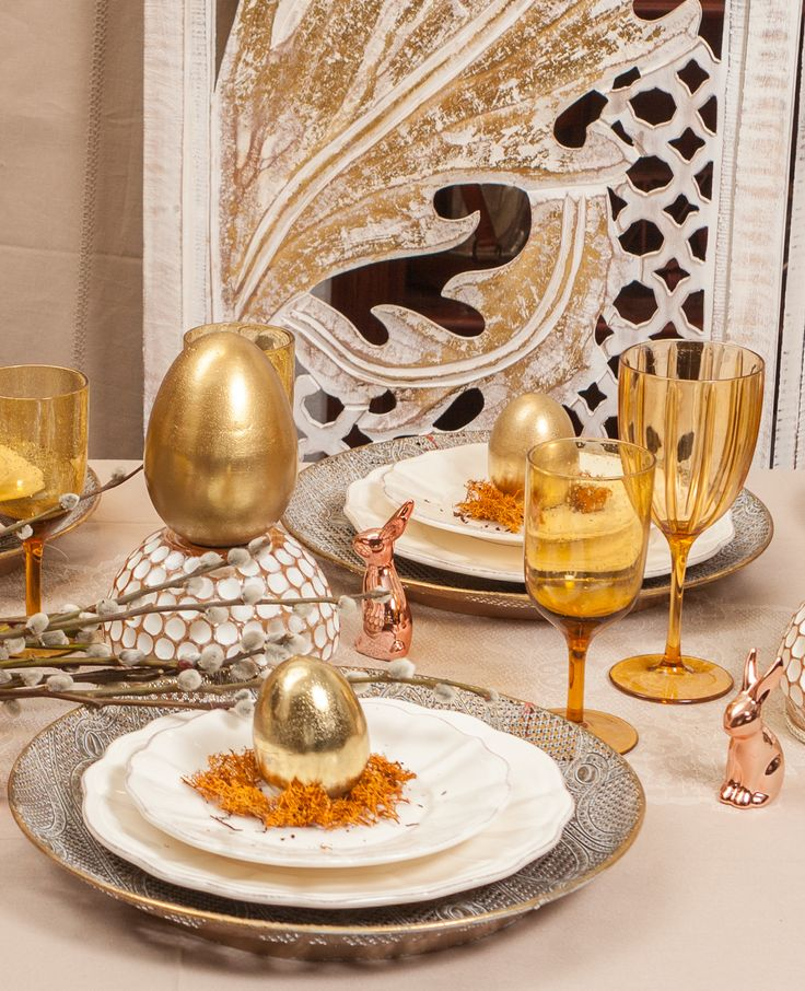 Gold and Rose Gold moments - Fashionable Easer Decorations for Luxury Tastes