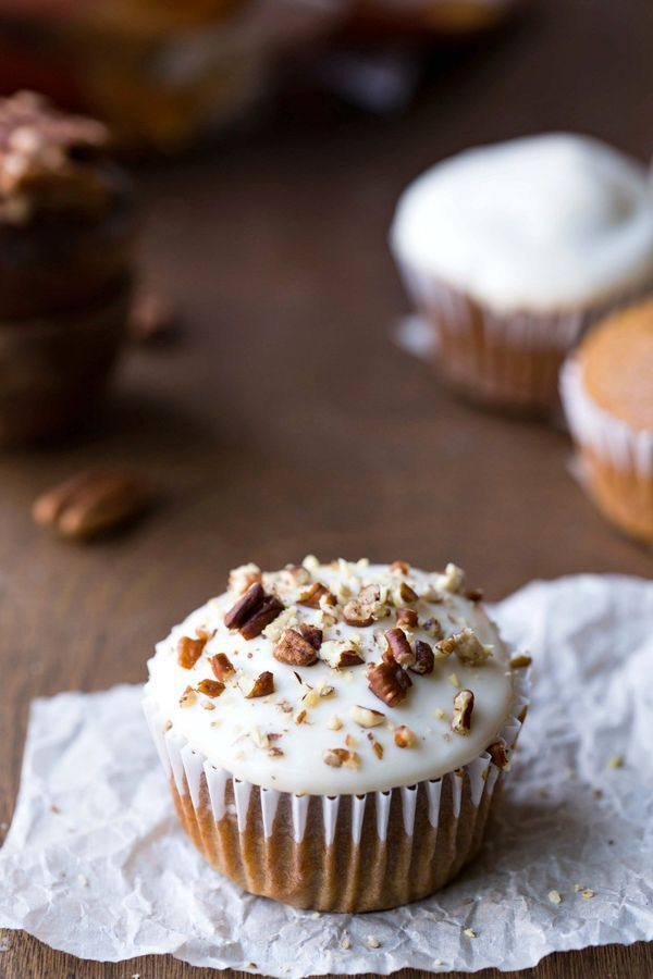 Pumpkin Spice Cupcakes with Maple Cream Cheese Frosting - classic ...