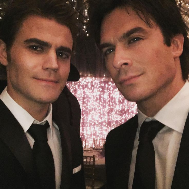 Ian Somerhalder - 23/01/17 - Count down to the end starts now... with these two guys https://www.instagram.com/p/BPnX4K7j1S-/ - Twitter / Instagram Pictures