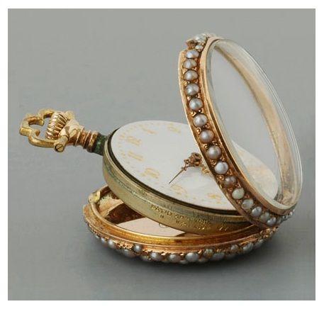 highvictoriana:  Victorian ladies' pocket watch.