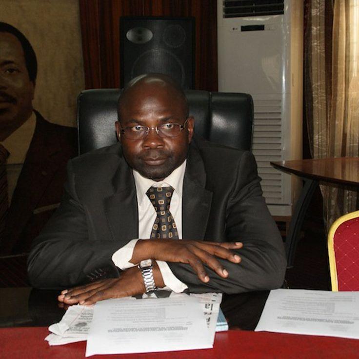 Le nouveau président a pris officiellement les rênes de la fédération camerounaise de football mercredi, marquant la fin de la normalisation.  Depuis le 30 septembre 2015,