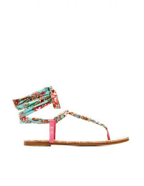 Los secretos de les Xanes: Moda Verano 2012: SANDALIAS PLANAS