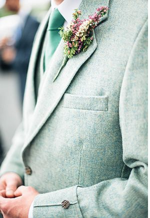 groom style tweed suit and floral boutonniere