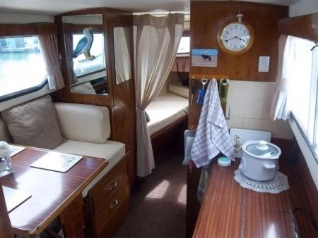 Freeman Cruiser Google Search Boat Interior