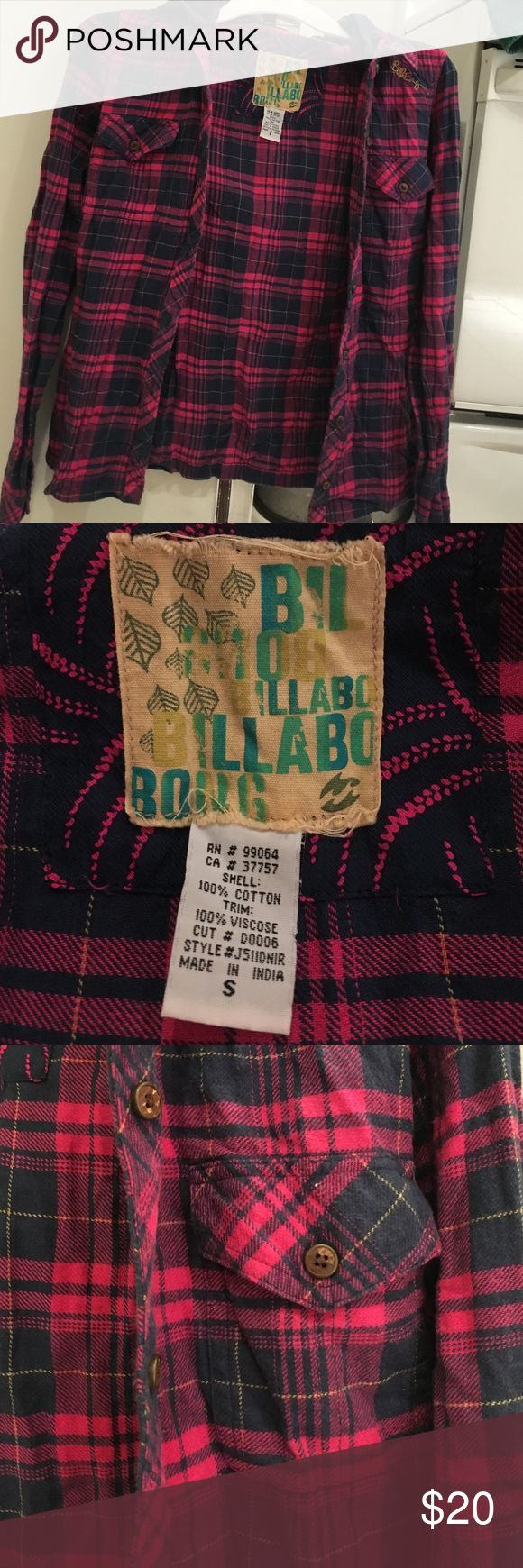 Pink and navy blue plaid shirt Pink and navy blue plaid shirt with removable hoodie! In very good condition. Long sleeves. Billabong Tops Button Down Shirts