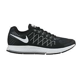 The updated design of the Nike Air Zoom Pegasus 32 Black Men's Running Shoe  includes a removal o.