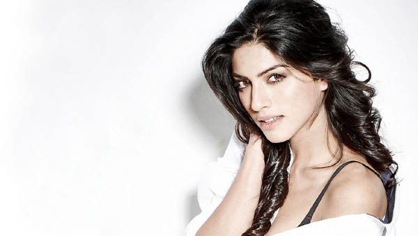 Sapna Pabbi Biography : Sapna Pabbi is a British actress and model known for her work as Kiran Rathod in the Indian television, Age, Height, Weight & Career