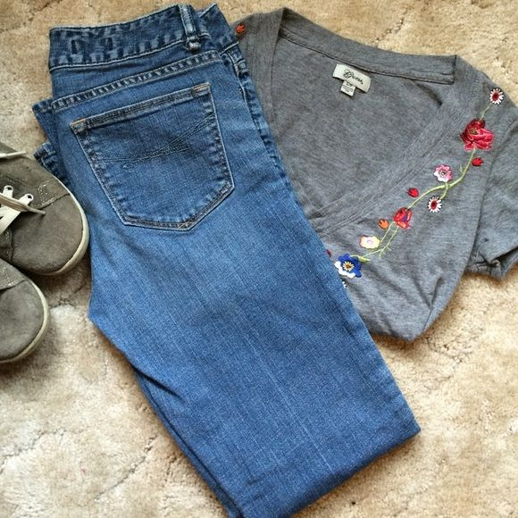 Gap jeans Perfect Boot Cut Jeans by Gap. Size 26/2. GAP Jeans Boot Cut