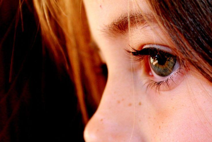 TDAH: sintomas mais comuns Completando nosso especial sobre TDAH, nossa psicóloga Maria Aparecida Sarquiz fala sobre os sinais de alerta que podem indicar o diagnóstico de TDAH.