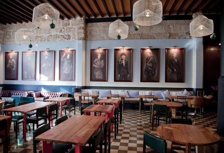 Patrón Lunares - Restaurante Palma de Mallorca Santa Catalina