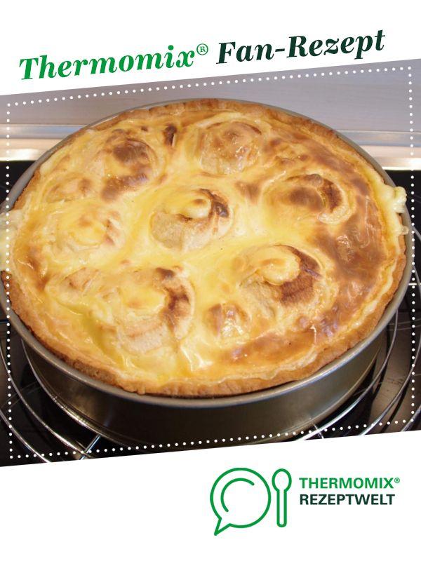 Bratapfelkuchen m. Vanillesauce – einfach & lecker