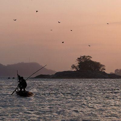 """Що буквально означає назва річки Брахмапутра? син Брахми! Більшість річок в Індійському субконтиненті мають імена жіночого роду (наприклад: Ганг), але ця річка носить назву чоловічого роду і означає """"син Брахми"""" (в перекладі з санскриту """"putra"""" означає """"син"""")."""