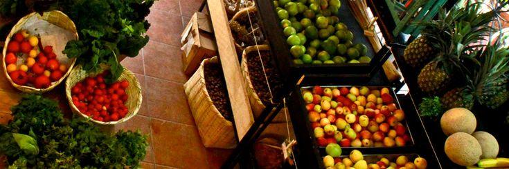 Tienda Vía Orgánica    Vía Orgánica es una organización mexicana sin fines de lucro, cuya misión es promover la buena alimentación mediante una agricultura orgánica, el comercio justo, un estilo de vida saludable y la protección del planeta.