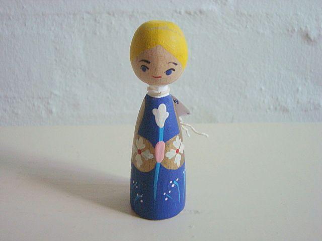 Eigenbrod. #Eigenbrod. From www.TRENDYenser.com. SOLGT.