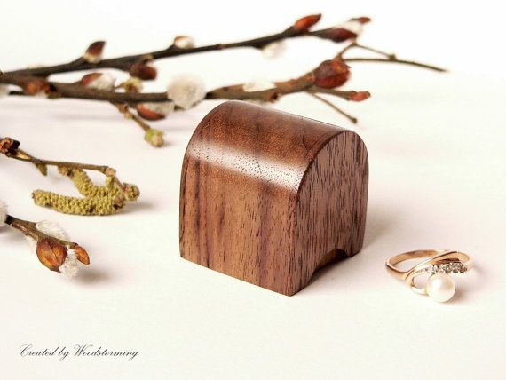 Small engagement ring box by Woodstorming