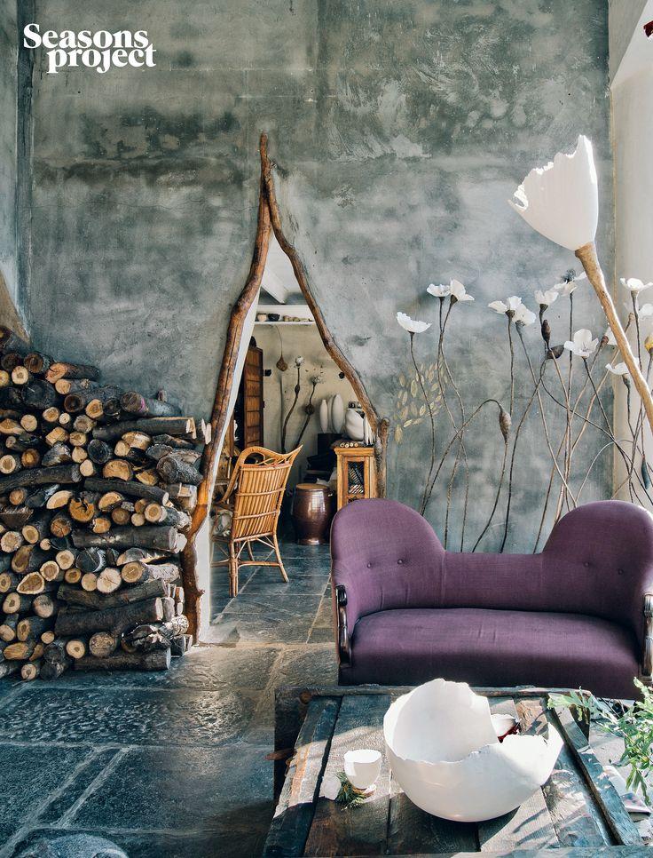 Seasons of life №18/ November-December 2013 issue Roos Van de Velde House #seasonsproject #seasonsoflife #interior #house #room #home #ceramics #artist #creative #sofa #wall