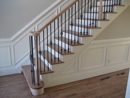 Moulures en angle pour escaliers