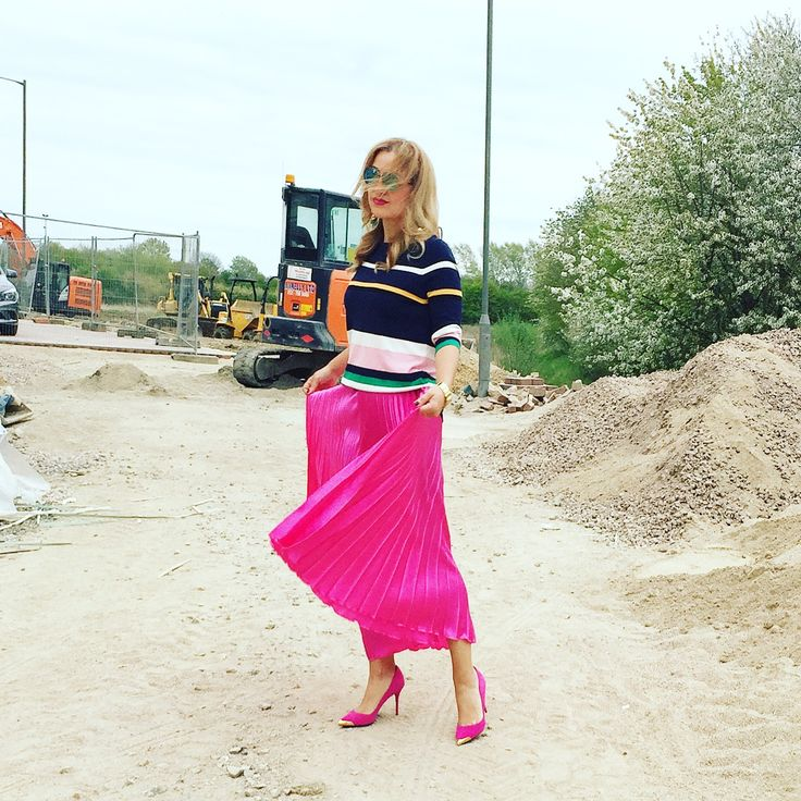 Hot pink pleated skirt and stripes