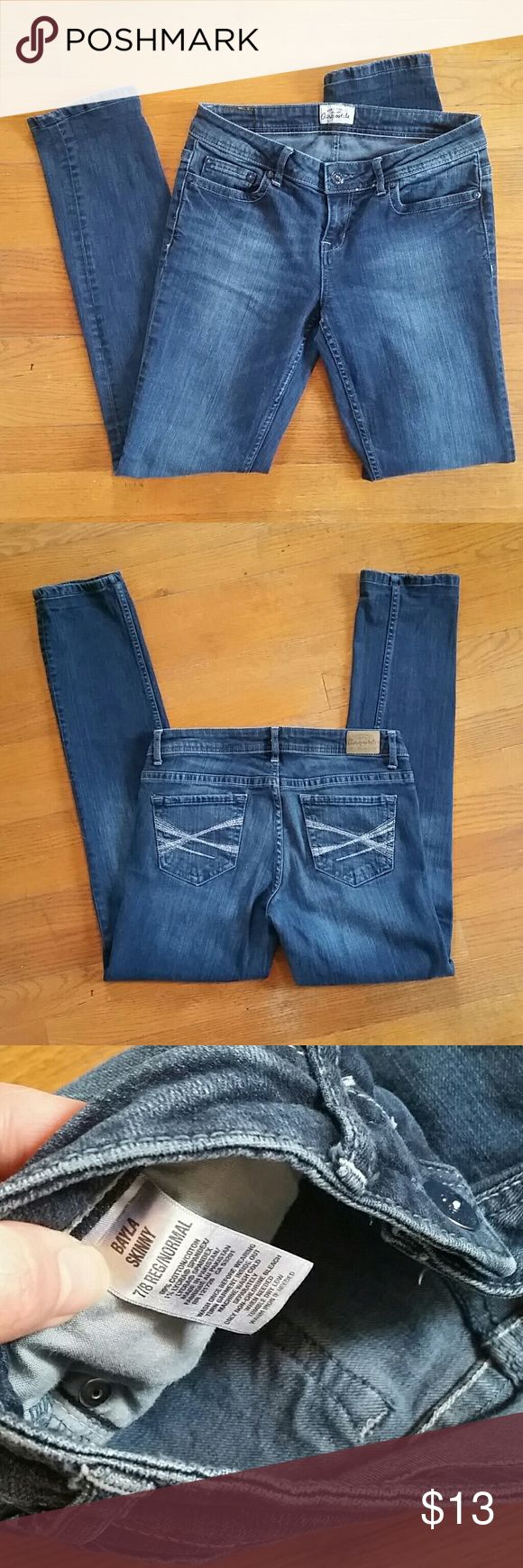 """Aeropostale Bayla Skinny Jeans Worn only 3 times. Wonderful condition, no stains or rips. Tag says size 7/8. But i wear a size 9 and these fit great and snug on me like leggings. Waist measurement lying flat is 14.75"""". Inseam is 30"""".  And the Ankle Leg opening is almost 6"""". Jean material, thicker than normal leggings, feels well made. Wonderful jeans! Aeropostale Jeans Skinny"""