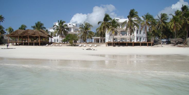 Dongwe Ocean view is affordable barefoot luxury in Michamvi Area on Zanzibar.