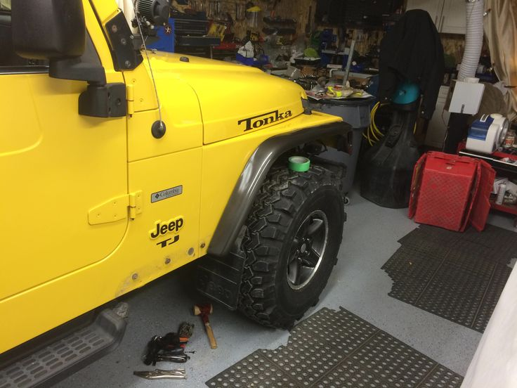 Cut fender flare painted and placed in spot. #jeeplife #jeeplove #DIY #cutmyjeep