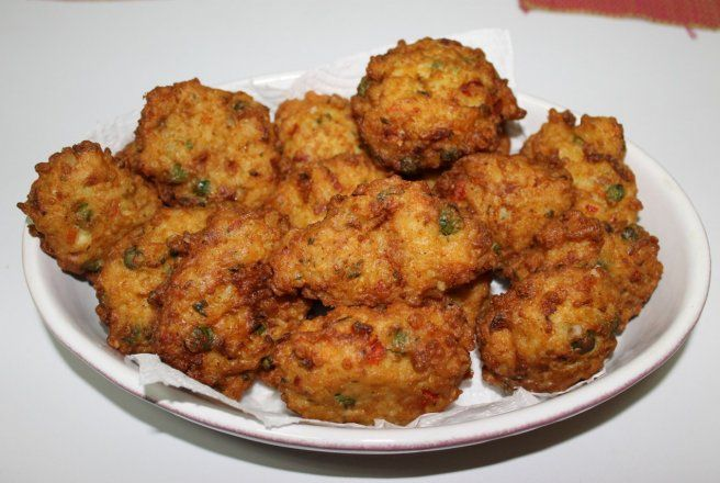 Retete Culinare - Chiftele de orez cu legume