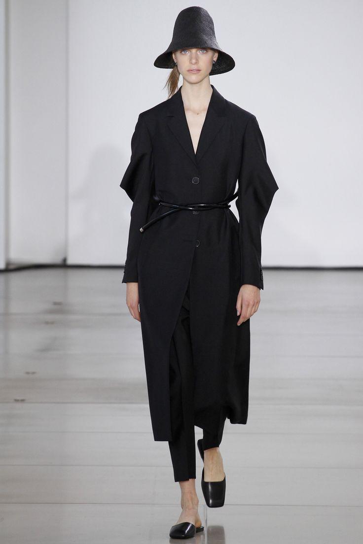 Jil Sander Spring 2016 Ready-to-Wear Fashion Show - Hedvig Palm