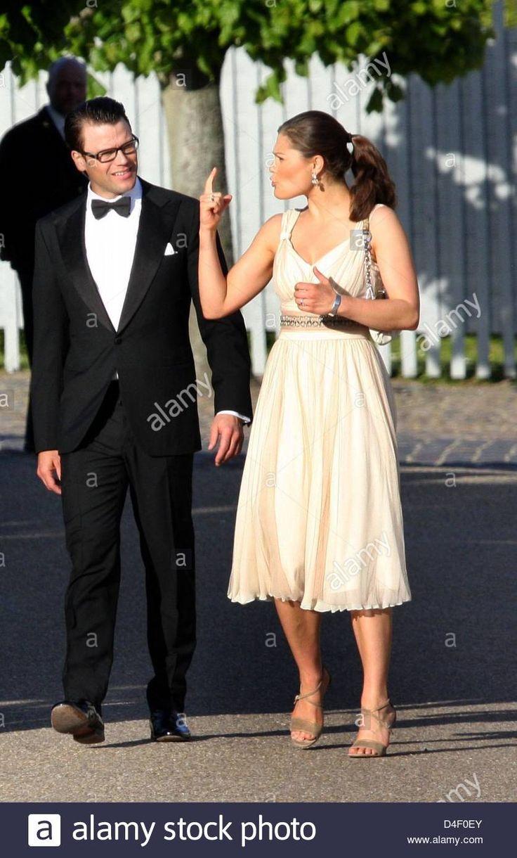 Swedish Crown Braid Tutorial: 1619 Best A Princess Victoria Images On Pinterest