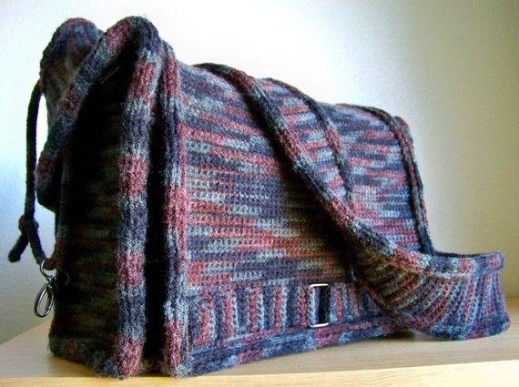 Knitting Pattern Messenger Bag : 1000+ ideas about Crochet Messenger Bag on Pinterest Crochet tote, Crochet ...