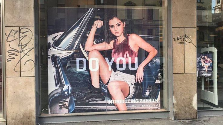 Image of Selena Gomez in Puma Stores in Milan Italy  Imágen de @selenagomez en tiendas Puma en Milan Italia  #SelenaGomez #Selena #Selenator #Selenators #Fans #DoYou #Puma #Italy