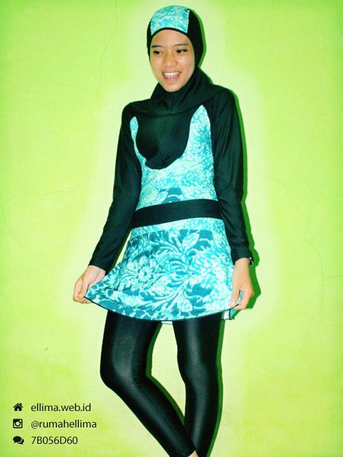 Kode: BRMD2014231, Harga: IDR 185.000. Baju renang muslimah dewasa berwarna dasar hitam kombinasi warna hijau tosca motif abstrak. Unik, modis dan elegant. Model baju dan celana renang terpisah, dilengkapi jilbab. Resleting disisipkan di depan baju untuk memudahkan pemakaian.