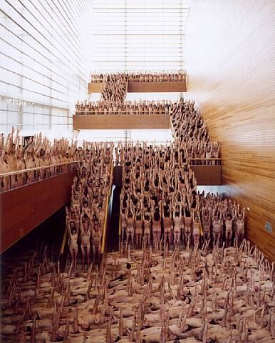 SPencer Tunick photographs and instalations
