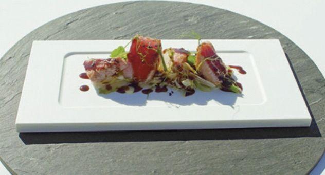 Receta MasterChef Celebrity II: Ensalada de ventresca de atún con umami vegetal y lechugas braseadas