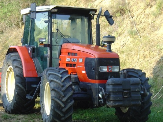 Still one day to go to be on week-end ! Enjoy this pic of a tractor SAME http://www.agriaffaires.co.uk/used/farm-tractor/1/4048/same.html