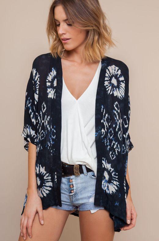 kimonos de bdba   http://stylelovely.com/bdba/2017/03/24/kimonos/