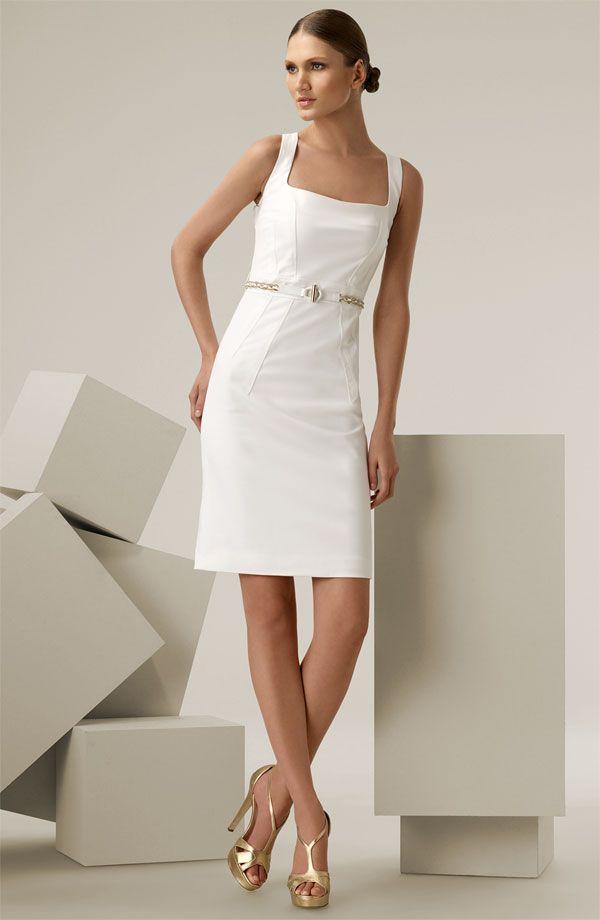 Outro conjunto da marca Versace, bom para usar no trabalho e em em outras ocasiões, com os acessórios adequados para cada ocasião.