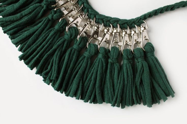 T Shirt Yarn Necklace · Extract from Scraps by Vera Vandenbosch ...