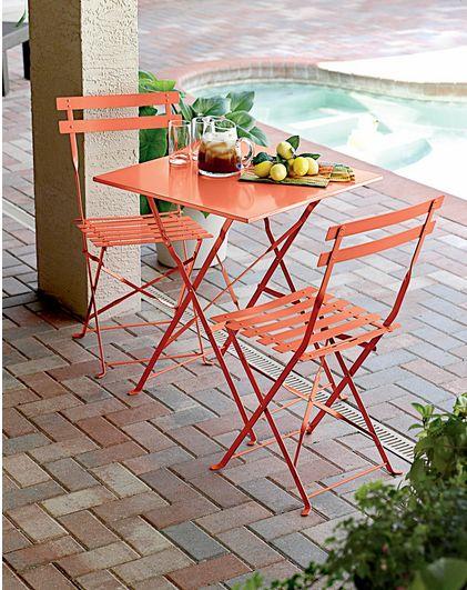 Inexpensive Outdoor Furniture