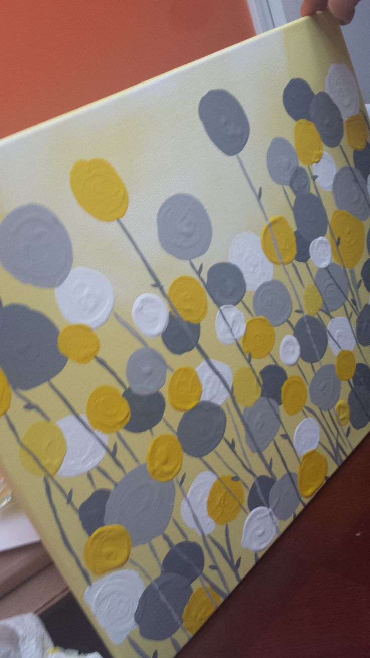 DIY Grey and yellow canvas art!! To go in my new guest room!!