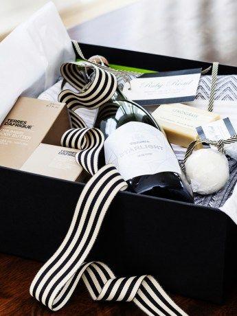 Cleopatra Bath Box - http://www.rubyroadafrica.com/shop-online/lifestyle/shop-luxury-spa-gifts-online/cleopatra-bath-box-mungo-detail