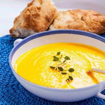 krämig morot- och saffranssoppa. Lägg gärna till lite ingefära o apelsinsaft.