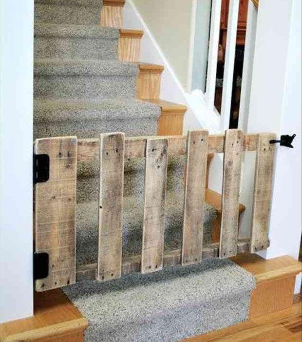 Cette barrière de sécurité pour les escaliers n'aura rien coûtée