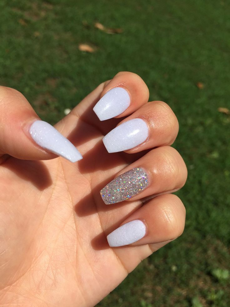 Head Over Heels Photo Coffin Nails Designs White Acrylic Nails Nails
