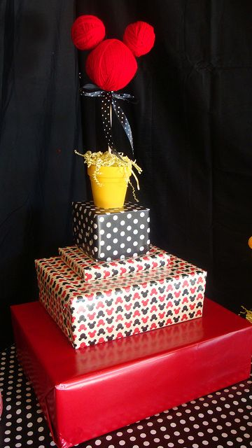 Custom cupcake Stand! Wrap different size boxes with fun coordinating wrapping paper. Mickey Mouse Clubhouse.