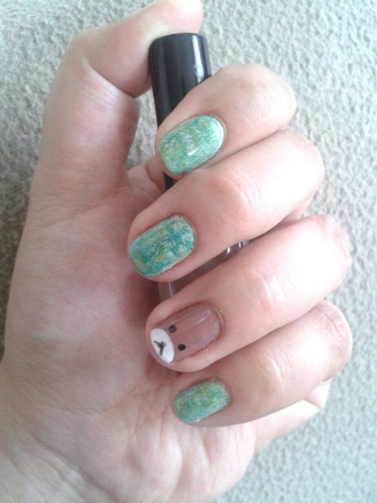 Nails - Distressed & teddy