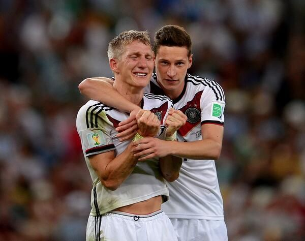 WM 2014 : Deutschland gegen Argentinien Er hat gekämpft und abbekommen wie kein anderer: Bastian Schweinsteiger hat sich den Weltmeistertitel verdient wie kein anderer! Starker Typ!
