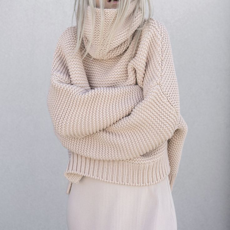 Contemporary Chic Knitwear - oversized sweater // Zara